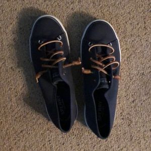 Shoes - Sperry sneakers